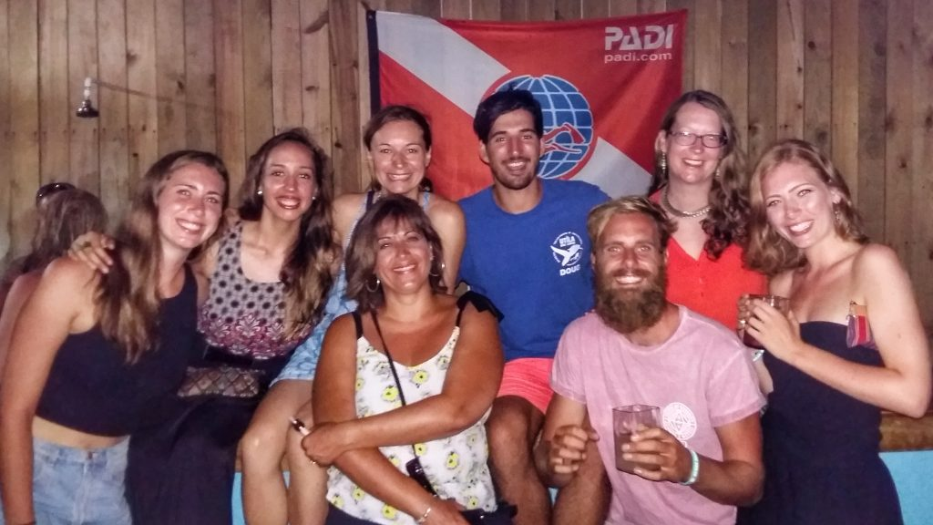 We Passed! Our PADI Open Water Class & Utila Dive Center Instructors
