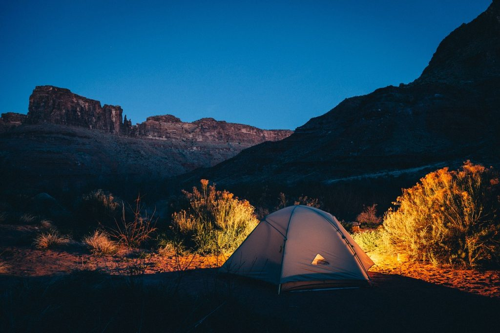 Camping Alone Safely - 7 Solo Camping Tips