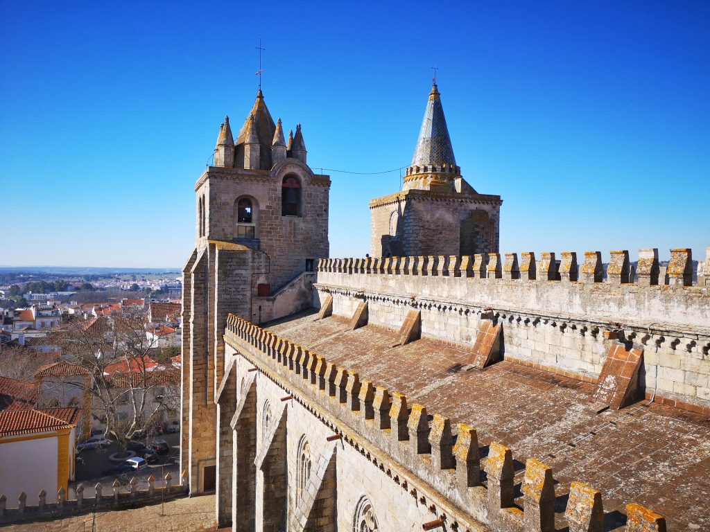 The Roof of The Sé - Evora Cathedral in Portugal