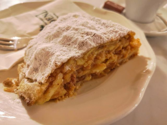 The Best Apple Strudel in Vienna at the Strudel Show in Schonnbrun Palace