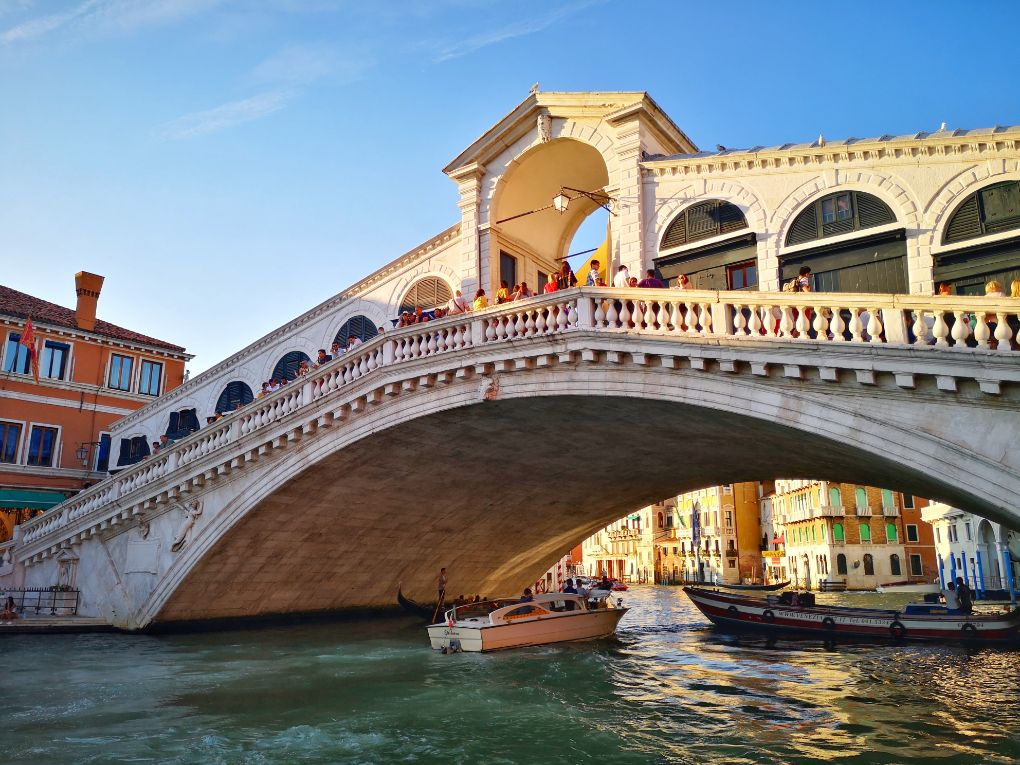Rialto Bridge in Venice - How Many Days in Venice Itinerary Planning