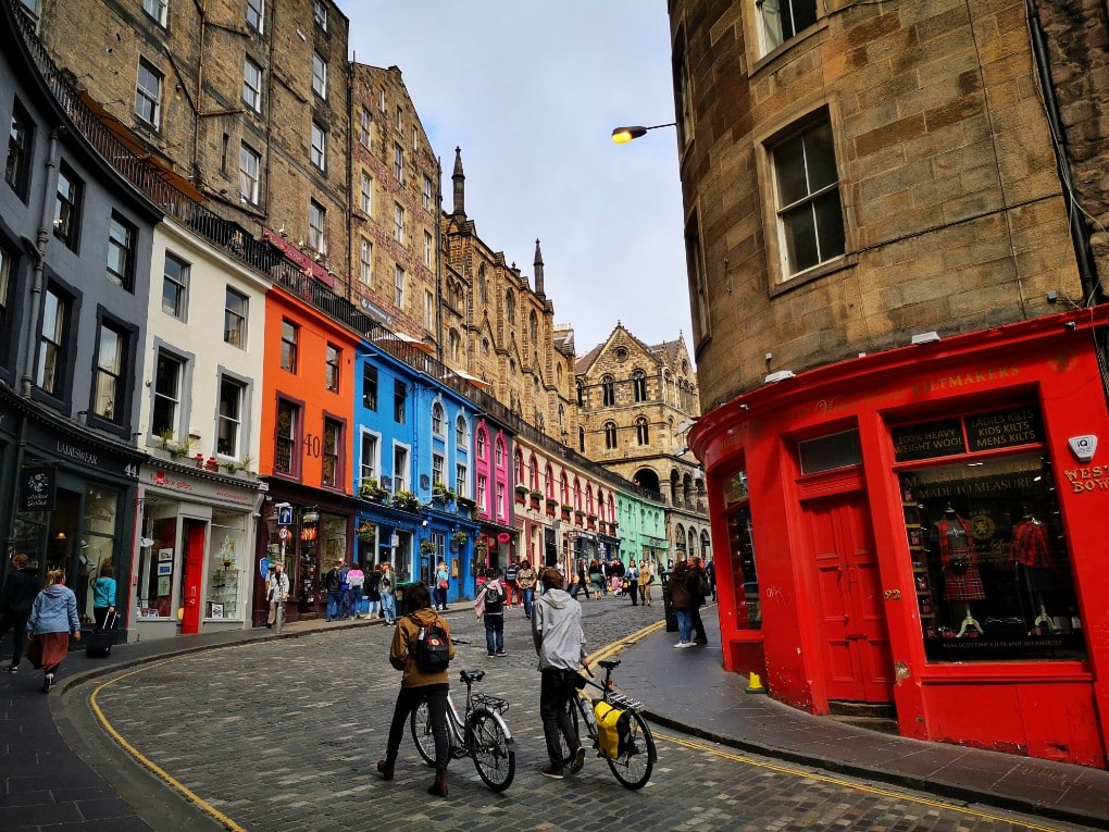 Colourful Victoria Street - Inspiration for Diagon Alley in Edinburgh - Harry Potter in Edinburgh