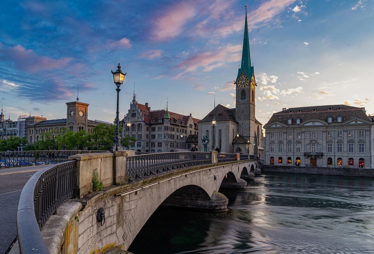 2 Days in Zurich Switzerland: The Best 2 Day Zurich itinerary